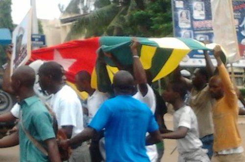 Article : Togo : Le CST maintient la pression Nouvelle manifestation