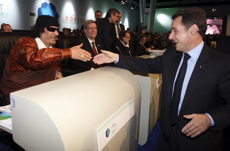 Sarkozy et Kadhafi en 2007. | REUTERS
